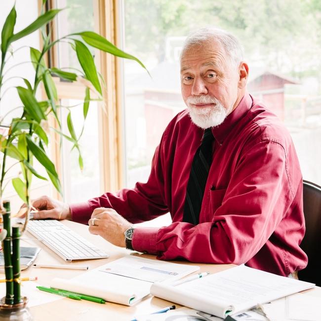 Rev. Tom Goldsmith